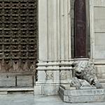 Portial du Duomo de Naples Santa Maria Assunta