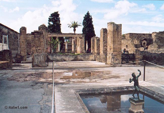 Pomp i ville romaine antique for 1313 la maison du cauchemar