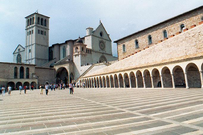 basilique fran 231 ois d assise italie1