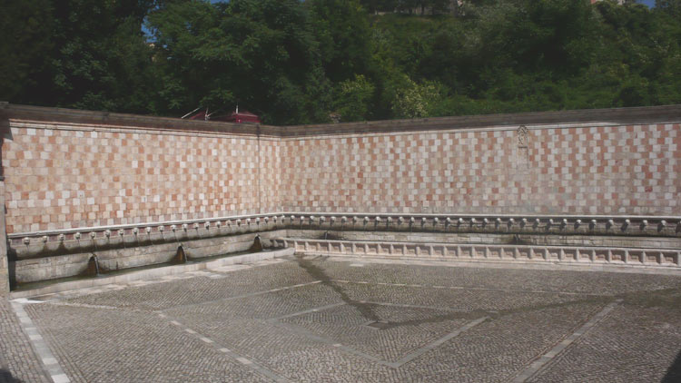 Fontaine des 99 Cannelle