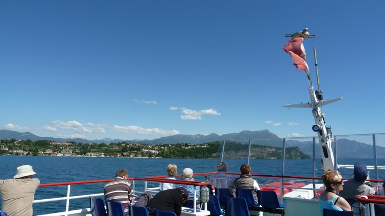 Navigation sur le Lac de Garde et traversée en bateau