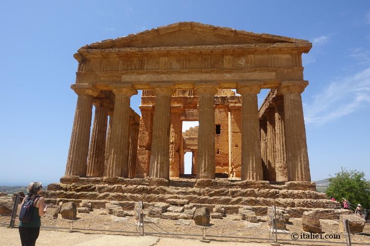 Visitez la Sicile antique, authentique et balnéaire