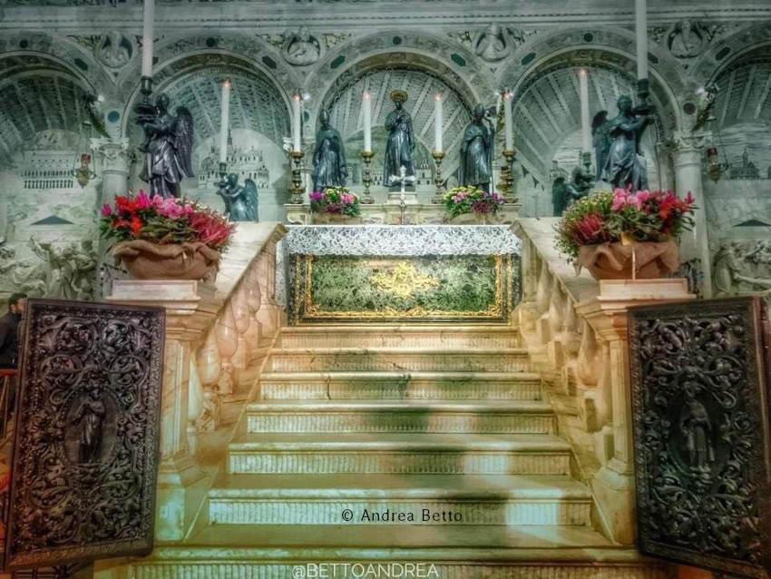 tombeau de Saint Antoine de Padoue