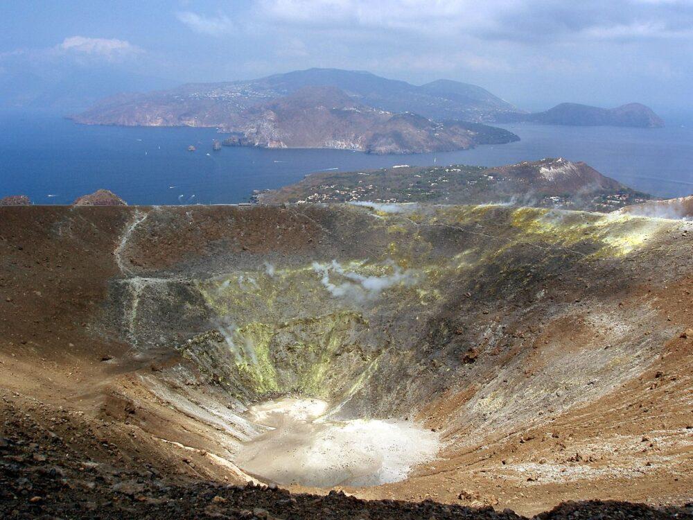 Vulcano dans les îles éoliennes